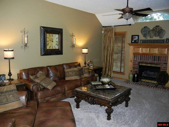 605 Russell Ln., Mountain Home, AR 72653 Photo 2