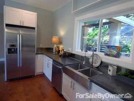 6220 Valley View Rd., Oakland, CA 94611 Photo 3