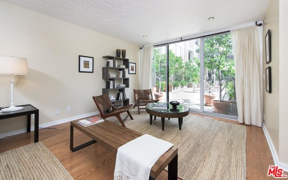 8455 Fountain Ave., West Hollywood, CA 90069 Photo 4