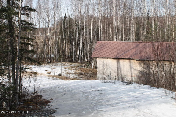 571 N. Meadow Lakes, Wasilla, AK 99652 Photo 23