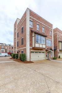 Home for sale: 108 W. End Close, Nashville, TN 37205