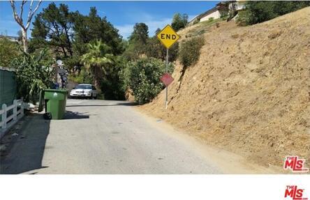 1938 Phillips Way, Los Angeles, CA 90042 Photo 7