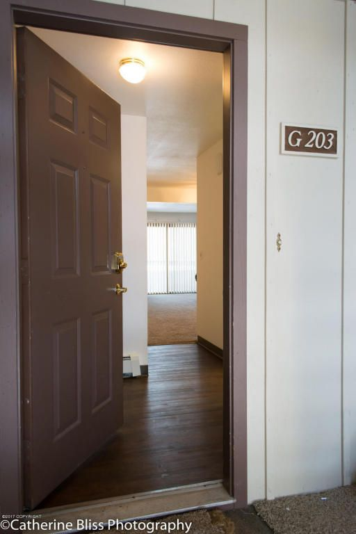 5642 E. 40th Avenue, Anchorage, AK 99504 Photo 6