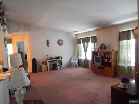 227 Bexley Ln., Piscataway, NJ 08854 Photo 7