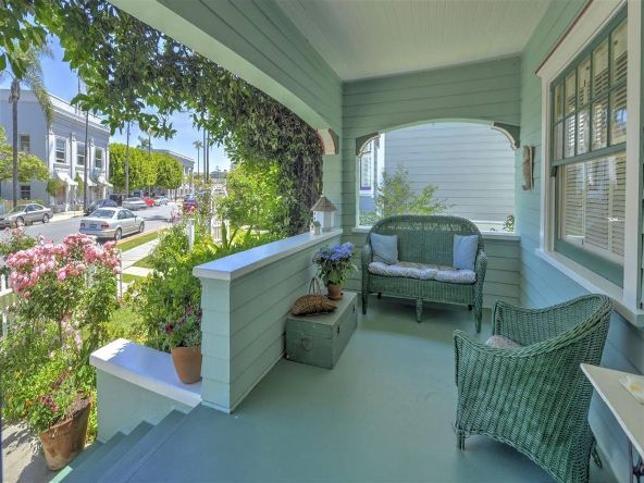 1110 Loma Avenue, Coronado, CA 92118 Photo 4
