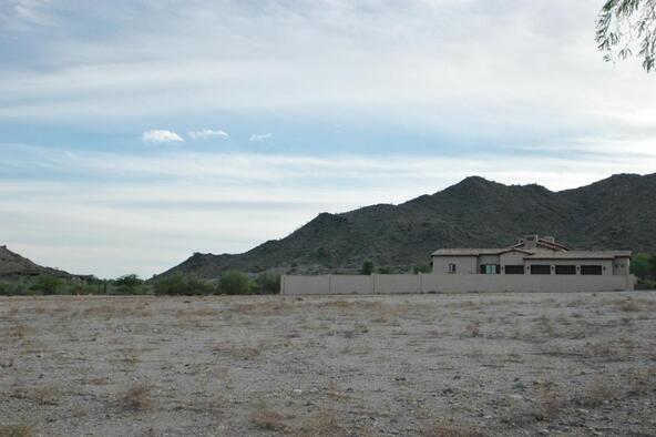 3929 N. Gila Plain Trail, Buckeye, AZ 85396 Photo 4