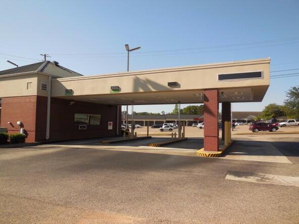 3535 Montgomery, Dothan, AL 36303 Photo 3