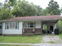 Home for sale: 813 W. Lincoln St., Harrisburg, IL 62946