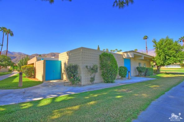 136 Eastlake Dr., Palm Springs, CA 92264 Photo 4