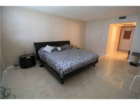 19390 Collins Ave. # 508, Sunny Isles Beach, FL 33160 Photo 8