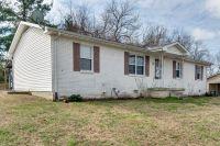 Home for sale: 105 Gilliam Ln., Dickson, TN 37055