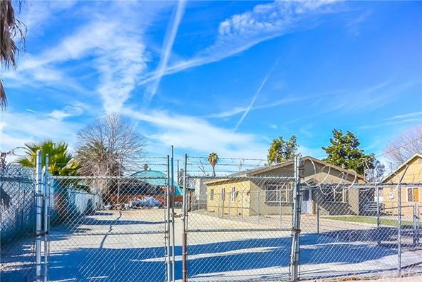 358 S. Pershing Avenue, San Bernardino, CA 92408 Photo 5