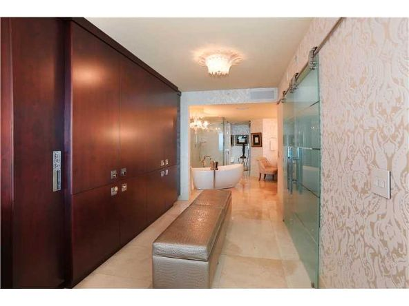 1331 Brickell Bay Dr. # 2305, Miami, FL 33131 Photo 17