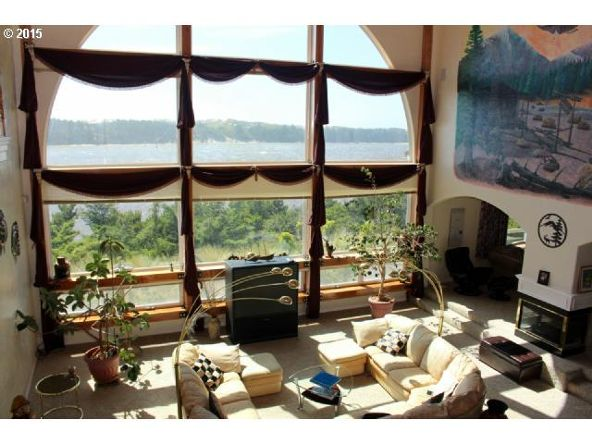 935 Rhododendron Dr., Florence, OR 97439 Photo 7
