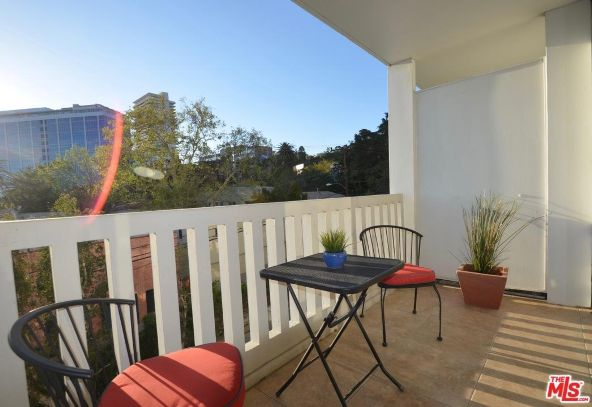 999 N. Doheny Dr., West Hollywood, CA 90069 Photo 2