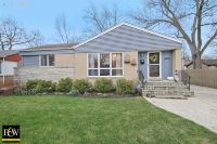 Home for sale: 807 E. Olive St., Arlington Heights, IL 60004