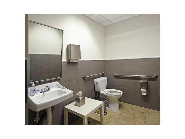 5020 Biscayne Blvd., Miami, FL 33137 Photo 9