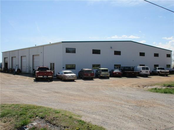 300 N. Vaughn Rd., Centerton, AR 72719 Photo 26
