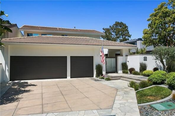 2 Rue Verte, Newport Beach, CA 92660 Photo 2