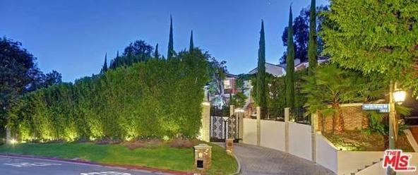 725 N. Faring Rd., Los Angeles, CA 90077 Photo 1
