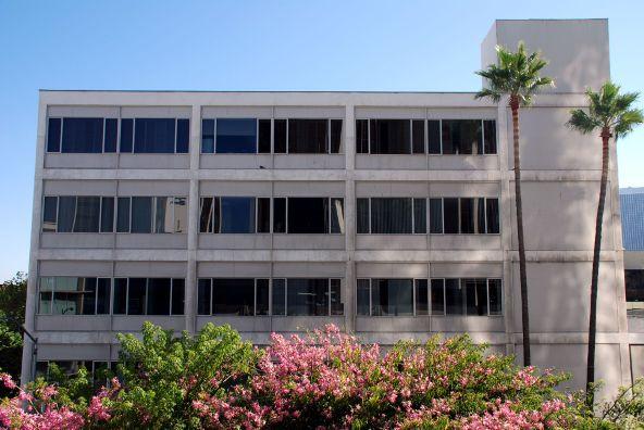9744 Wilshire Blvd., Beverly Hills, CA 90212 Photo 14