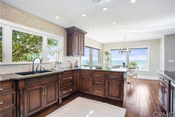 1175 Coast View Dr., Laguna Beach, CA 92651 Photo 4