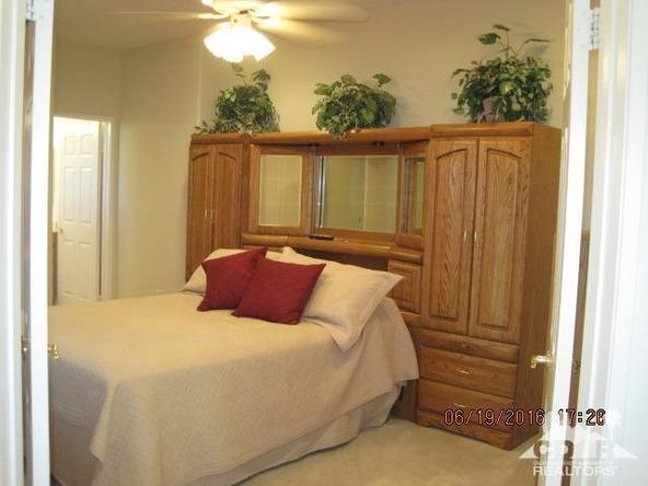 37671 Pineknoll Avenue, Palm Desert, CA 92211 Photo 32