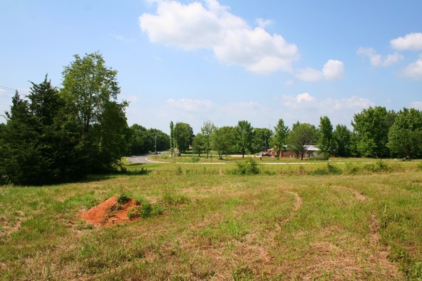 1310 Mcnutt, Conway, AR 72034 Photo 26
