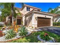 Home for sale: 1319 Banyan Way, Weston, FL 33327