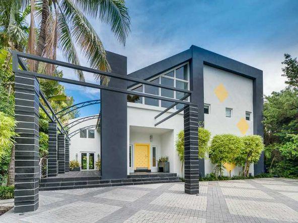 1833 W. 24 St., Miami Beach, FL 33140 Photo 1