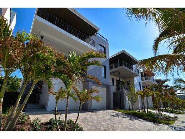 346 Balboa St., Hollywood, FL 33019 Photo 8