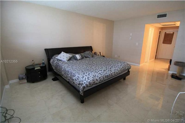 19390 Collins Ave. # 508, Sunny Isles Beach, FL 33160 Photo 22
