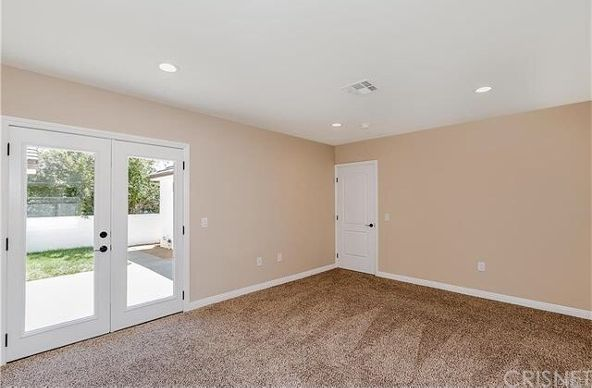 5446 Woodman Avenue, Sherman Oaks, CA 91401 Photo 21