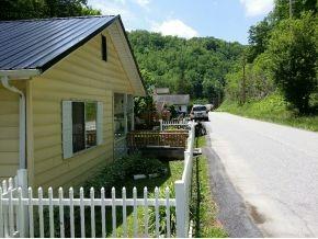 238 Mill St., Clinchco, VA 24226 Photo 12