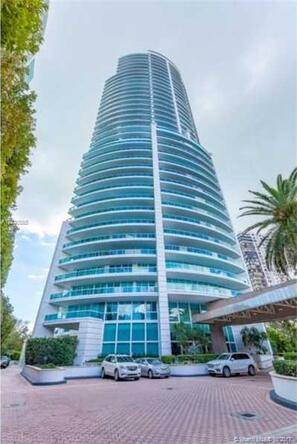 2127 Brickell Ave. # 1103, Miami, FL 33129 Photo 2