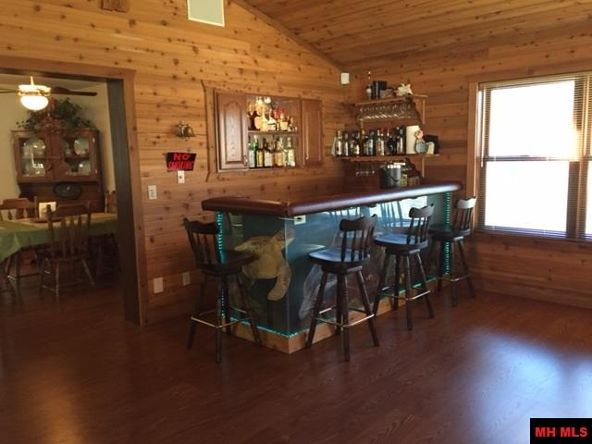 108 Flinthill Pl., Mountain Home, AR 72653 Photo 6