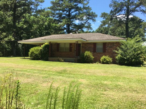 4668 Old Chipley Rd., Slocomb, AL 36375 Photo 4