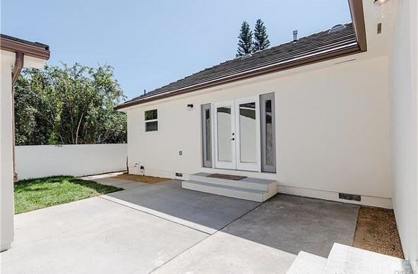 5446 Woodman Avenue, Sherman Oaks, CA 91401 Photo 33