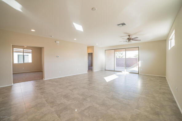 2905 S. Royal Aberdeen Loop, Green Valley, AZ 85614 Photo 5
