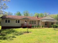 Home for sale: 907 Paradise Ln., Farmersburg, IN 47850