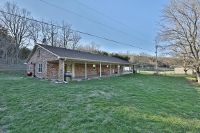 Home for sale: 601 Goose Creek Rd., Bagdad, KY 40003