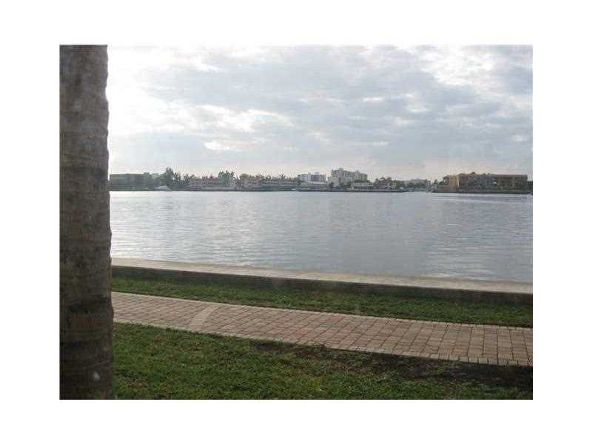 17150 N. Bay Rd. # 2106, Sunny Isles Beach, FL 33160 Photo 1