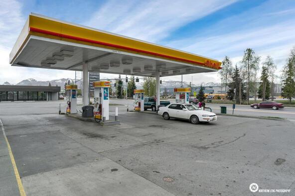 3635 Mountain View Dr., Anchorage, AK 99508 Photo 4