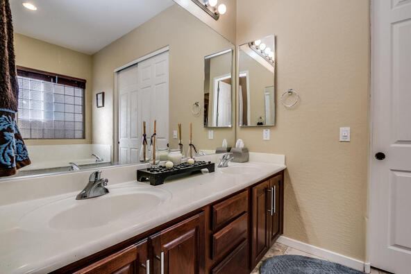 2013 E. Pedro Rd., Phoenix, AZ 85042 Photo 44