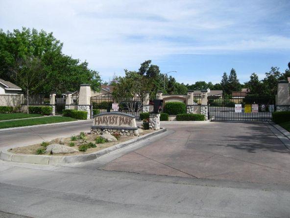 5228 E. Blossom Ln., Fresno, CA 93725 Photo 3