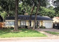 Home for sale: 1605 Robinwood Dr., Fort Worth, TX 76111