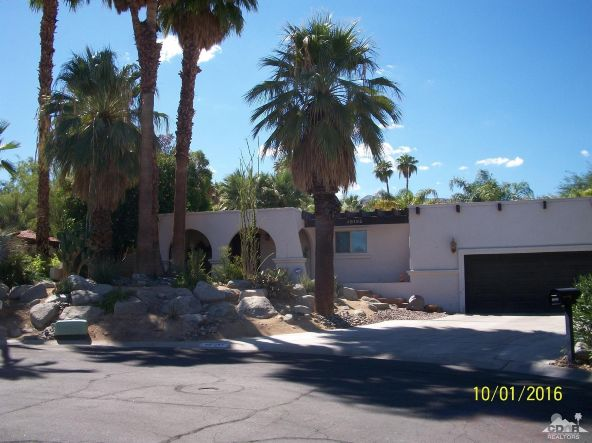 48185 Anita Cir., Palm Desert, CA 92260 Photo 2