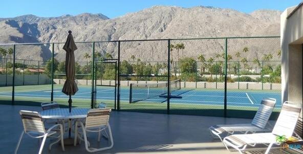 255 S. Avenida Caballeros, Palm Springs, CA 92262 Photo 31