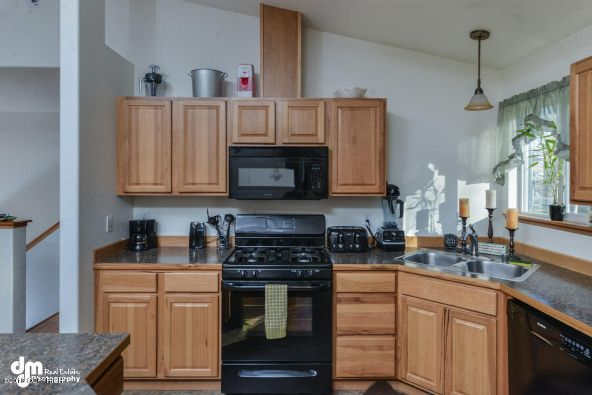4430 W. New Larkspur Loop, Wasilla, AK 99623 Photo 9