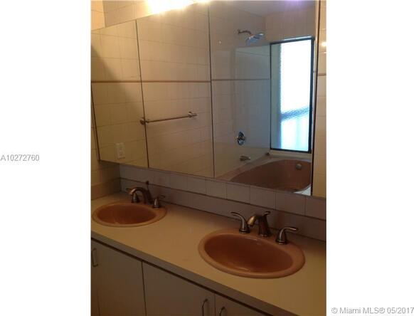 2400 Brickell Ave., Miami, FL 33129 Photo 7